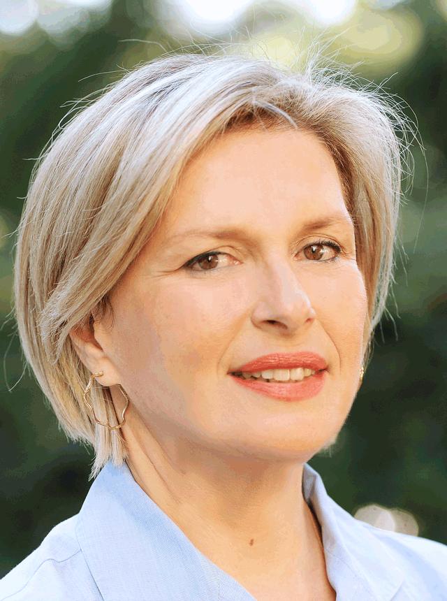 Συνέντευξη με την Ελληνίδα προέδρο της ΕRS, κ. Μίνα Γκάγκα