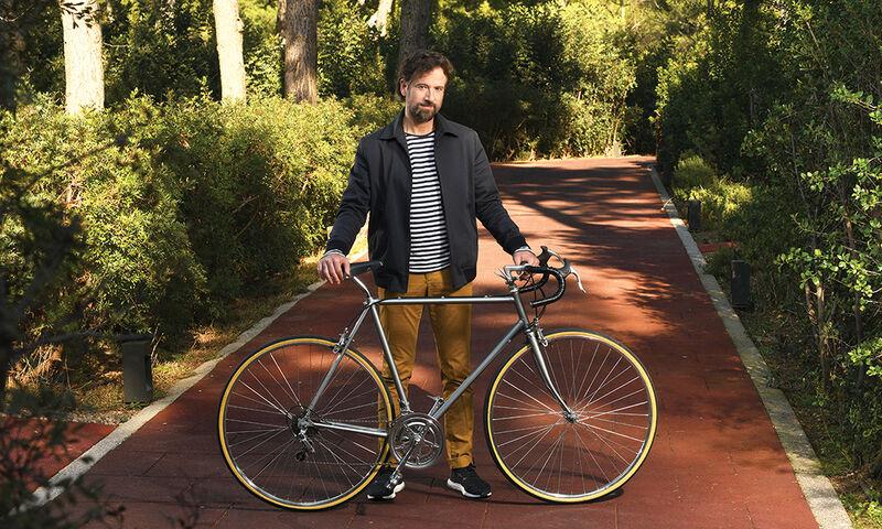 Ένα ποδήλατο που αναπαριστά την πολλαπλή σκλήρυνση!